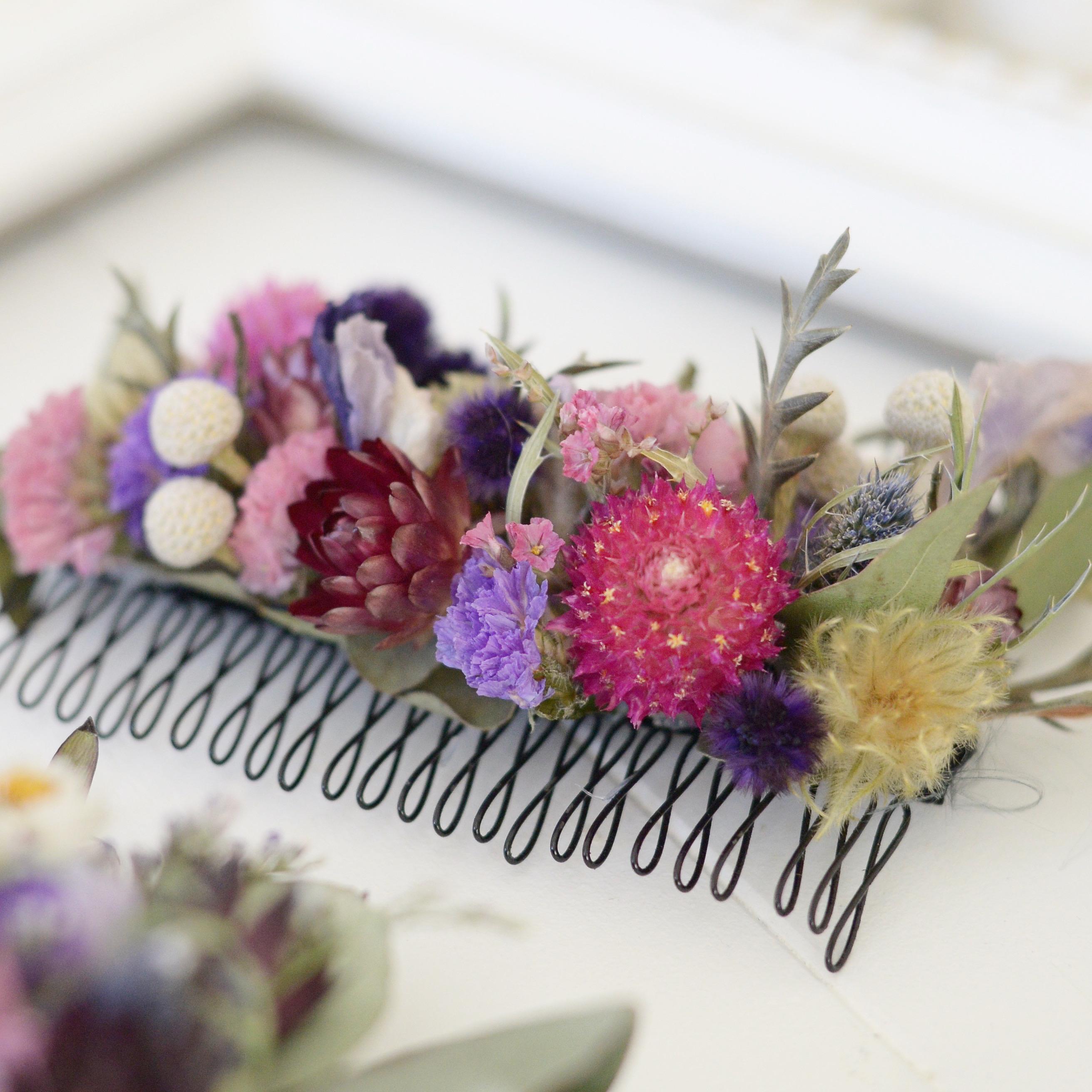 ドライフラワーがオシャレ♪イマドキの花嫁さんや成人式の髪型にぴったりなヘッドアクセサリー♡
